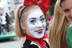 Mime Makeup, Halloween Face Makeup, Female Clown, Costume Ideas, Costumes, Clowns, Anastasia, Goth, Beautiful