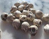 20 White Turquoise Howlite Skull Beads