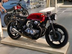 Ottonero Cafe Racer: The Bike Shed / Paris 016 Yamaha Cafe Racer, Moto Cafe, Cafe Bike, Cafe Racer Build, Brat Bike, Cafe Racer Motorcycle, Harley Race, Honda 750, Bobber Custom