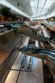 Shopping malls are beautiful, but if you don't like crowds or mazes then you may like your own at home shopping mall. lalolionlineshopping.com