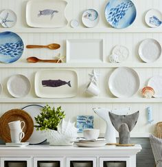 Decorative Sea and Beach Inspired Plates... http://www.beachblissdesigns.com/2016/09/decorative-sea-beach-inspired-plates.html