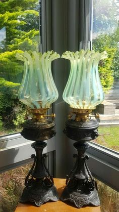 Glass Lamp Base, Flower Lamp, I Love Lamp, Vaseline Glass, Oil Lamps, Lamp Bases, Accent Pieces, Light Up, Decor Styles