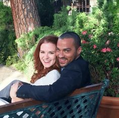 Japril April and Jackson Avery Jackson Avery, Jackson And April, Sarah Drew, Grey's Anatomy Tv Show, Greys Anatomy Cast, Jesse Williams, Grey's Anatomy April, Hot Couples, Happy Couples