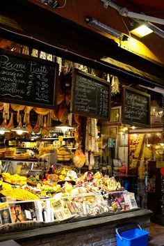 How to Eat (And Drink) Like a Local in Italy's Culinary Capital: Bologna