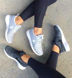 oooo i like the dark gray ones lotsss