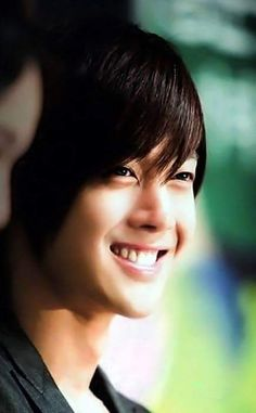 https://www.facebook.com/khjlovers6/photos/pcb.1034642183265183/1034641846598550/?type=3
