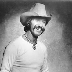 """Marty Robbins' No. 1 song on the Billboard Country chart was his beautiful song """"Tonight Carmen"""" in It was written by Marty himself. Marty Robbins, Best Country Music, Country Songs, Gene Watson, Number One Hits, Loretta Lynn, George Jones, Country Artists, Beautiful Songs"""