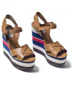 Waaves Platform Sandal at Popdust Style