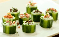 Fresh light hors d'oeuvres topped with smoked salmon, chopped olives or our exceptional ham.
