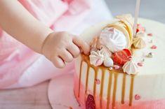 Kids And Parenting, Vanilla Cake, Icing, Snacks, Desserts, Cupcake, Recipes, Bullet Journal, Food