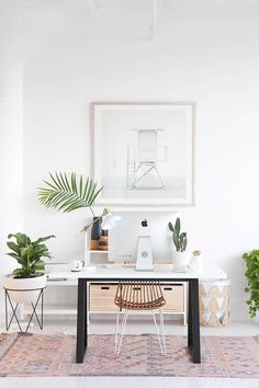 I am in love with this office space! Light, bright and filled with amazing greenery! Love!