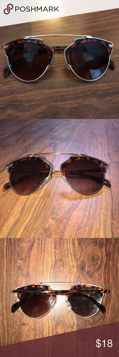 Cool Sunglasses Worn twice! So cute tortoise and gold! Narrow! Accessories Sunglasses https://tmblr.co/ZnVlHd2OD7q6E
