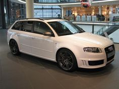 B7 RS4 Avant, only in Europe... damn