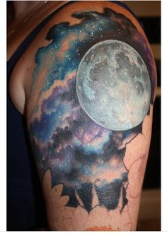 What does cloud tattoo mean? We have cloud tattoo ideas, designs, symbolism and we explain the meaning behind the tattoo. Trendy Tattoos, Love Tattoos, Tattoo You, Beautiful Tattoos, Arm Tattoo, Body Art Tattoos, New Tattoos, Tatoos, Mini Tattoos