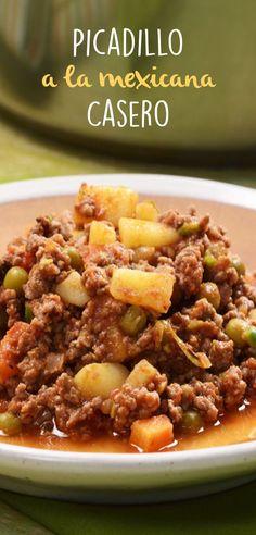El picadillo a la mexicana es un delicioso platillo que se puede hacer para la comida del diario. Un plato completo con carne y verduras y que es muy versátil para comer en tostadas, taquitos o solo.