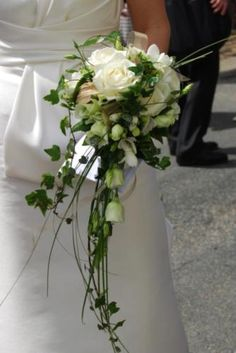 Bride's bouquet - please include some of the blue / lilac flowers in the Groom's button hole in this bouquet