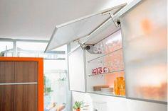 Как с помощью внутреннего оснащения правильно организовать кухонное пространство Версия  http://www.brass.ru/article/18155/
