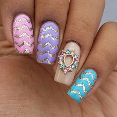 • ××× • Perfect Pastels + holo by @gifted_nails via Instagram • ××× • Using: Small Chevron Nail Vinyls www.snailvinyls.com