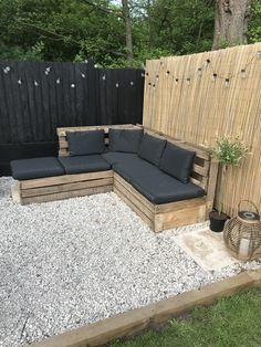 Backyard Seating, Backyard Patio Designs, Garden Seating, Diy Patio, Outdoor Seating, Outdoor Decor, Pallet Garden Furniture, Garden Sofa, Garden Sitting Areas