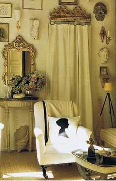 Vintage Elle Decor photos of  designer Stephen Shubel's  tiny 17th century Paris pied-a-terre…  a 400 square foot studio carved out of an ancient hotel…   in the central Marais district, just around the corner   from the Place des Vosages...
