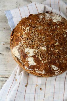 Mat på Bordet: no-knead bread solsikkebrød No Knead Bread, Sourdough Bread, Easy Bread Recipes, Artisan Bread, Vegan Baking, Freshly Baked, Culinary Arts, Camembert Cheese, Jelly