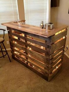 A Bar made out of refinished Crates. Isn't this beautiful?