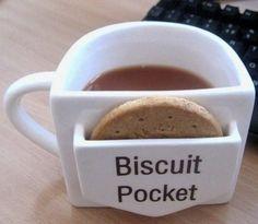 #tazza del #buongiorno! #cup #biscuit #morning | Oddio, questa deve essere mia!