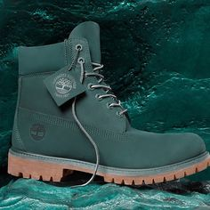 Shop Men's Timberland Green size Various Boots at a discounted price at Poshmark. Description: Brand new boots -Premium Boots -Waterproof -Padded collar -Double Sole. Timberland Outfits, Timberland Stiefel Outfit, Timberland Boots Style, Timberland Waterproof Boots, Timberlands Shoes, Timberlands Women, Shoe Boots, Ankle Boots, Tims Boots