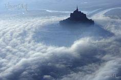 Elodie Studler,    peintre graveur: photographie aerienne Mont Saint-Michel
