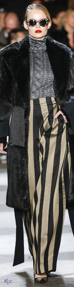 Fall 2016 Ready-to-Wear Christian Siriano