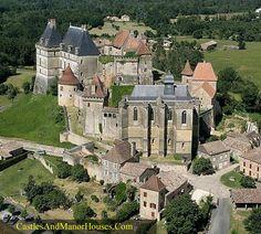The Château de Biron, Biron, Dordogne, France.