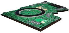 Automotive engineer Spencer Rezkalla was so taken by Foster + Partners' Apple Cupertino campus design that he dedicated the past two years to create a British Architecture, Lego Architecture, Glass Pavilion, Micro Lego, Park Landscape, Landscape Design, Mens Toys, Cool Lego Creations, Curved Glass