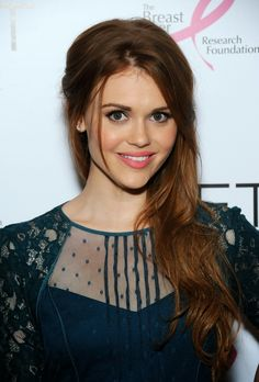 Holland Roden | I love her dress.