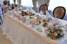 кремово-розовое оформление свадьбы