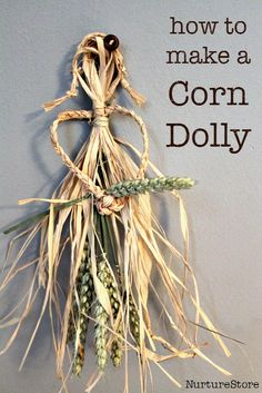 how to make a corn dolly :: harvest craft :: traditional English craft :: samhain craft :: corn dolly craft