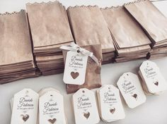 wedding favors and gifts Cookie Packaging, Soap Packaging, Jewelry Packaging, Wedding Favours, Wedding Cards, Diy Wedding, Wedding Gifts, Creative Gifts, Gift Bags