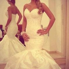 An amazing lace mermaid wedding dress!
