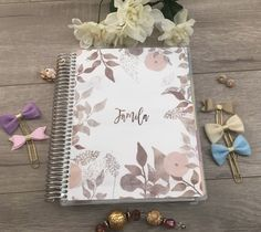 Erin Condren, Happy Planner Sizes, Recollections Planner Cover: Floral, bronze, gold, white, leaves, pink, neutral colors, glitter, flowers by BlissPaperPrints on Etsy Happy Planner Cover, Mini Happy Planner, Planner Covers, Custom Planner, Planner Dashboard, Planner Inserts, Glitter Flowers, Gold Glitter, Erin Condren