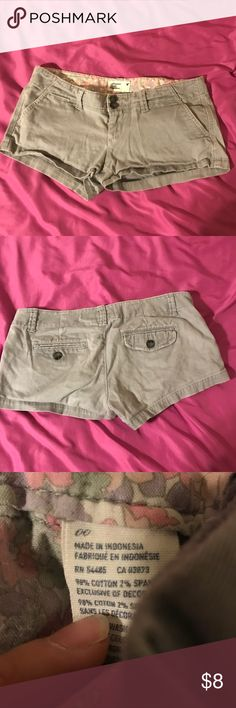 American Eagle shorts! Worn but in great condition! I️ have other shorts with similar sized so feel free to bundle and make an offer 😊 American Eagle Outfitters Shorts