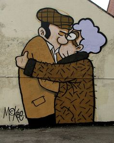the snog by pete mckee on sheffields pub fagans is part of Street art - The Snog' by Pete McKee on Sheffield's pub 'Fagans' Streetart Fresque Banksy, Graffiti Murals, Street Art Graffiti, Urban Street Art, Urban Art, Land Art, Pete Mckee, Sheffield Art, Sheffield England