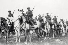 Het Poolse leger was slecht uitgerust en slecht geleid. Ondanks de magere strategische richtlijnen en ongefundeerde neiging om telkens offensieve tactieken te volgen, wisten de Poolse soldaten 36 dagen stand te houden.