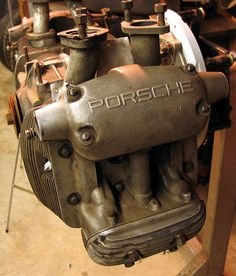 Porsche 4 cam engine, I'm falling in love with the simplicity and the complexity of this engine.