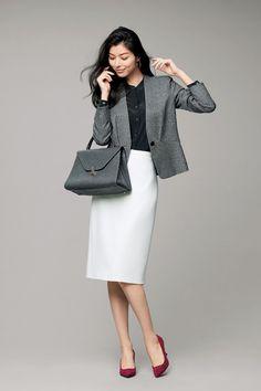 美シルエットを兼ね備えたエグゼクティブ・ジャケット 五選|Web eclat|Jマダムのためのお役立ち情報サイト Business Outfits, Business Attire, Office Outfits, Business Fashion, Suit Fashion, Daily Fashion, Girl Fashion, Fashion Outfits, Womens Fashion