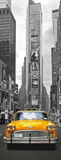 I love New York, but some of the taxi drivers drive like mad men! When i went to New york last summer, i got into a taxi thinking that it was going to be a smooth drive. When i got out of the taxi, i was ready to kiss the ground! New York Taxi, New York City, Color Splash, Color Pop, Times Square, Ville New York, Voyage New York, Empire State Of Mind, I Love Nyc