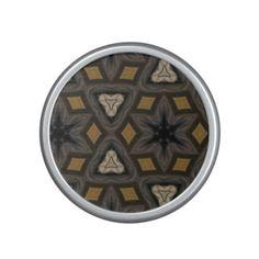 Modern abstract pattern speaker