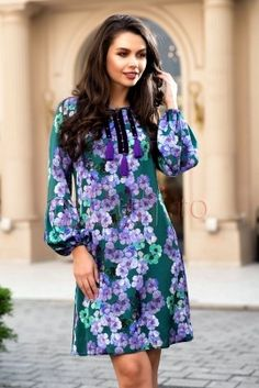 Rochie de zi verde lejera cu imprimeu floral Dresses With Sleeves, Long Sleeve, Floral, Casual, Fashion, Green, Gowns With Sleeves, Moda, Sleeve Dresses