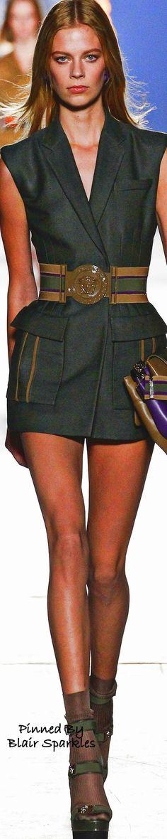 SPRING RTW 2016 (MFW) Versace ~ ♕♚εїз | BLAIR SPARKLES | Military Inspired Fashion, Military Fashion, Military Clothing, Military Style, Versace Fashion, Runway Fashion, Fashion Boots, Fashion Outfits, Teen Fashion