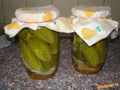 Nakládané okurky jako znojemské Czech Recipes, Pickles, Cucumber, Food And Drink, Homemade, Canning, Czech Food, Food Ideas