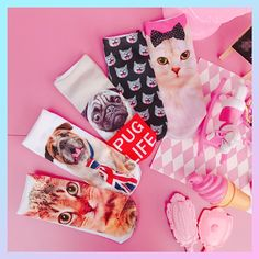 Cutie Kitty Dog Socks S00037 by SUGARBLACK 21 PRODUCT DETAILS:Material:CottonOptions:Pink Bow KittyMany KittiesYellow KittyPUG LIFE PuppyPuppy With TieINFORMATION:Worldwide Free shippingContact: Tictail/Email: cutiekillofficial@foxmail.com