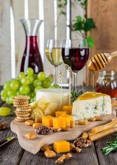 víno jídlo jídlo jídlo vyrobit kuchyně napít se snídaně gurmán Lahodné sýr výživa občerstvení gastronomie pozdní snídaně předkrm sýrový talíř